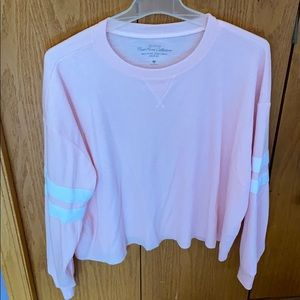 Hollister Cropped Long Sleeve Varsity Top
